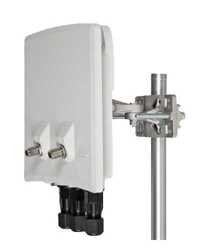 InfiNet Wireless InfiLINK XG 1000 Um/5X.1000.4x300