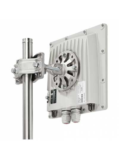 InfiNet Wireless InfiMAN2x2 LITE R5000-Lmnc/5X.300.2x300