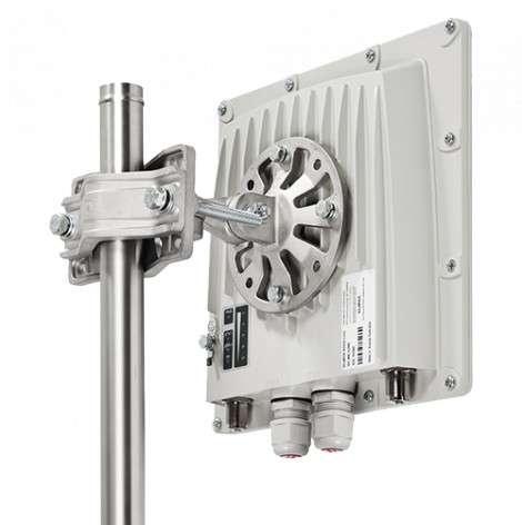 InfiNet Wireless InfiMAN2x2 LITE R5000-Lmnc/6X.300.2x200